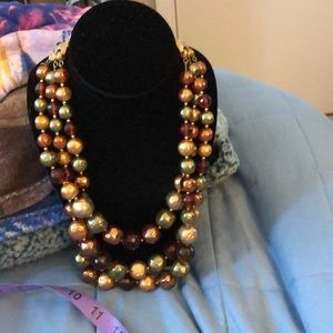 Jewelry - Vintage 18 inch Necklace with 3 inch extender